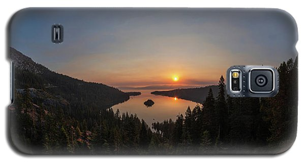 Smokey Sunrise At Emerald Bay Galaxy S5 Case
