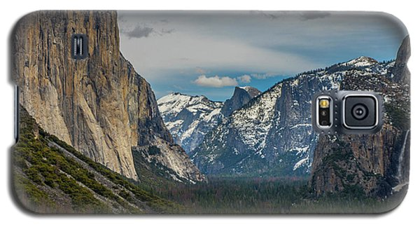 Smokey Yosemite Valley Galaxy S5 Case