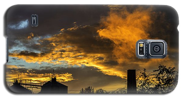 Galaxy S5 Case featuring the photograph Smoky Sunset by Jeremy Lavender Photography