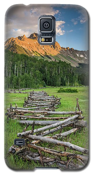 Sneffels Fence Vertical Galaxy S5 Case