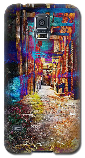 Galaxy S5 Case featuring the photograph Snickelway Of Light by Phil Perkins