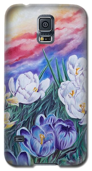 Galaxy S5 Case featuring the painting Snow Crocus by Sigrid Tune