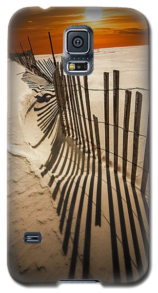 Snow Fence At Sunset Galaxy S5 Case
