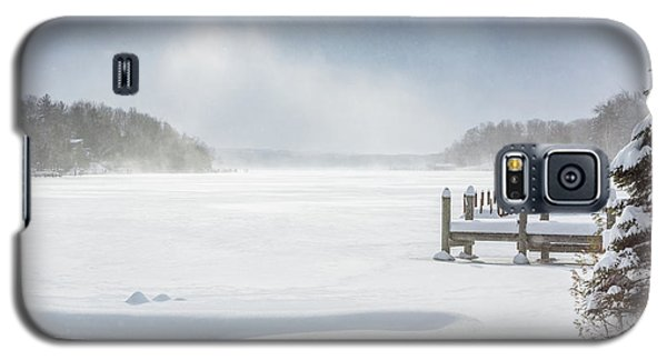 Snow On Lake Charlevoix Galaxy S5 Case