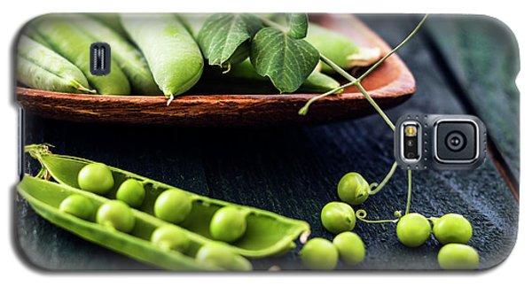 Snow Peas Or Green Peas Still Life Galaxy S5 Case by Vishwanath Bhat