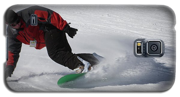 Galaxy S5 Case featuring the photograph Snowboarder On Mccauley by David Patterson