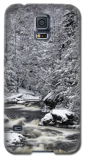 Snowy Blackwater Galaxy S5 Case