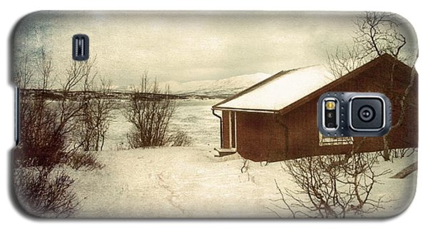 Snowy Landscape Galaxy S5 Case