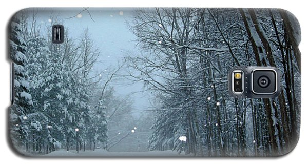 Galaxy S5 Case featuring the photograph Snowy Street by Rockin Docks Deluxephotos