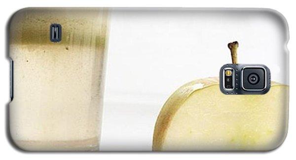 Music Galaxy S5 Case - So It Begins. #detox #juicing #juice by E M I L Y  B U R T O N