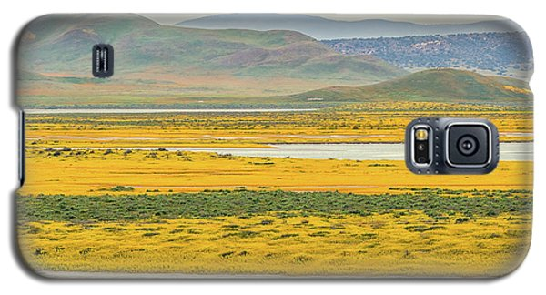 Galaxy S5 Case featuring the photograph Soda Lake To Caliente Range by Marc Crumpler