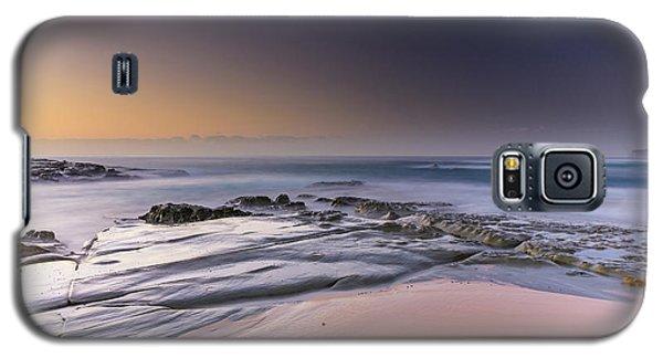 Soft And Rocky Sunrise Seascape Galaxy S5 Case