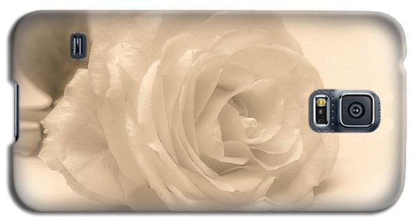 Galaxy S5 Case featuring the photograph Soft White Rose by Scott Carruthers