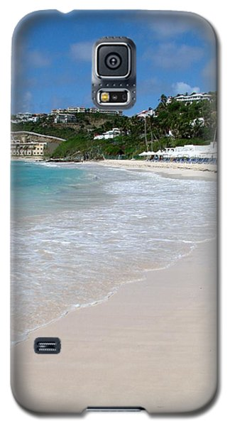 Galaxy S5 Case featuring the photograph Solitude On Dawn Beach by Margaret Bobb