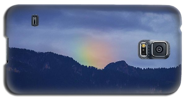 Sometimes The Rainbow Is On The Other Side Of The Mountain Galaxy S5 Case by Colleen Williams