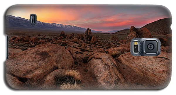 Galaxy S5 Case featuring the photograph Sounds Of Silence by Mike Lang