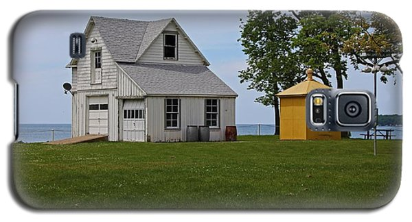 South Bass Island Lighthouse Barn And Oil Storage Building I Galaxy S5 Case