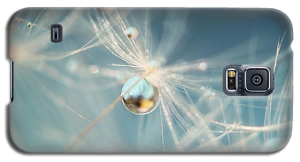 Galaxy S5 Case featuring the photograph South Sea Pearl by Amy Tyler