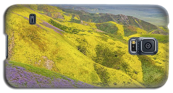 Galaxy S5 Case featuring the photograph Southern View by Marc Crumpler