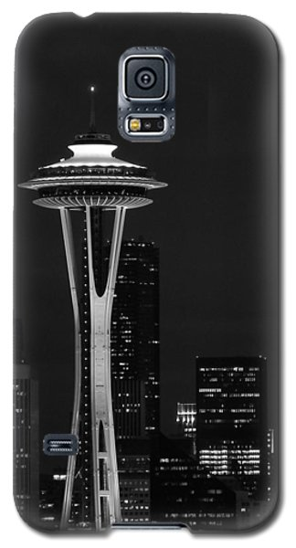 Space Needle At Night In Black And White Galaxy S5 Case