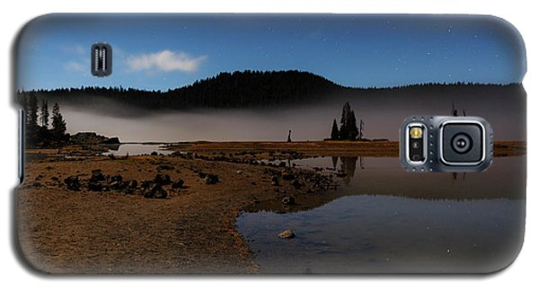 Galaxy S5 Case featuring the photograph Sparks Lake At Dawn by Cat Connor