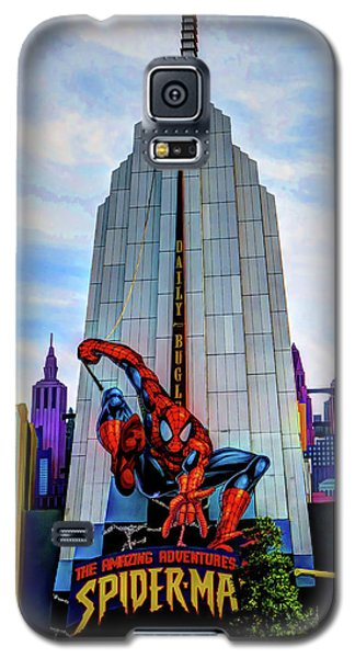 Galaxy S5 Case featuring the photograph Spiderman by Tom Prendergast