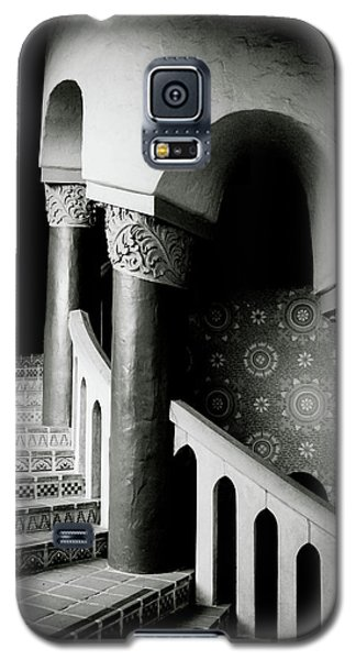 Spiral Stairs- Black And White Photo By Linda Woods Galaxy S5 Case by Linda Woods