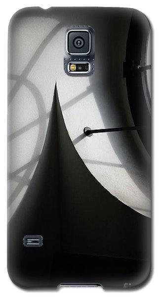 Spiral Window Galaxy S5 Case
