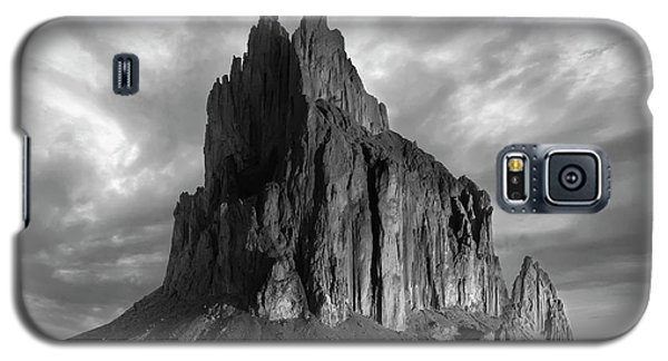 Galaxy S5 Case featuring the photograph Spire To Elysium by Jon Glaser