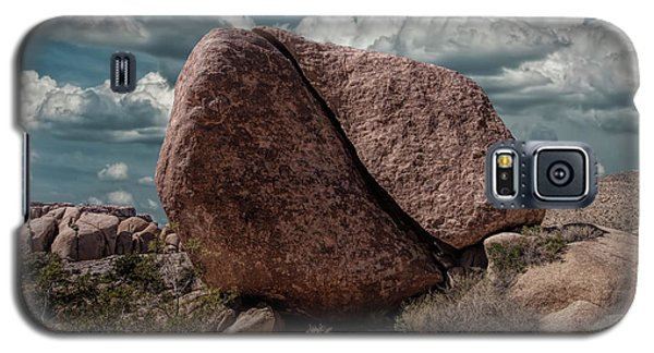 Galaxy S5 Case featuring the photograph Split Rock In Joshua Tree National Park by Randall Nyhof