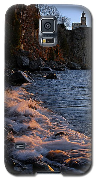 Split Rock Lighthouse At Dawn Galaxy S5 Case by Larry Ricker