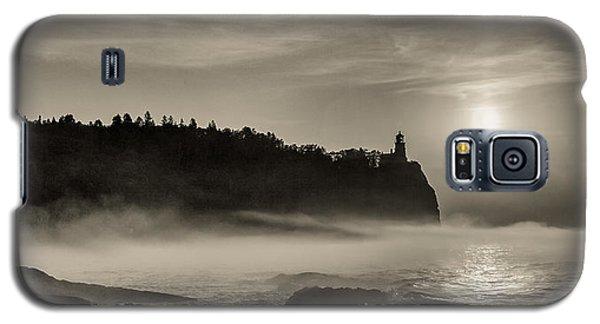 Split Rock Lighthouse Emerging Fog Galaxy S5 Case