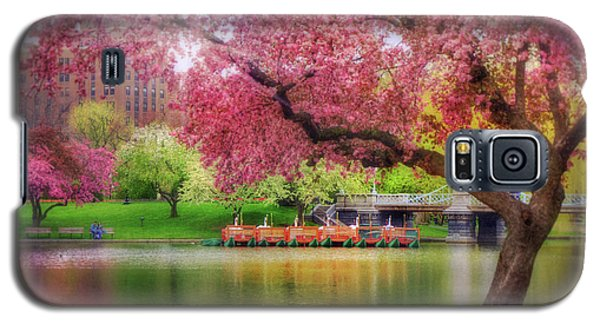 Galaxy S5 Case featuring the photograph Spring Afternoon In The Boston Public Garden - Boston Swan Boats by Joann Vitali