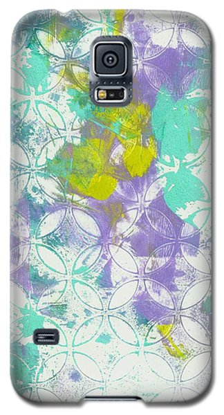 Galaxy S5 Case featuring the mixed media Spring Begins by Lisa Noneman