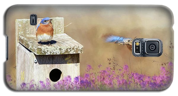 Galaxy S5 Case featuring the photograph Spring Builders by Lori Deiter