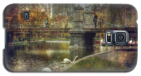 Spring In The Boston Public Garden Galaxy S5 Case by Joann Vitali