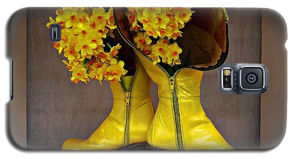 Spring In Yellow Boots Galaxy S5 Case