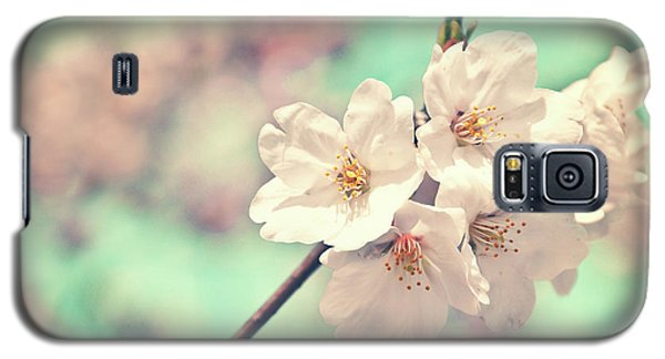 Galaxy S5 Case featuring the photograph Spring Is Coming by Delphimages Photo Creations