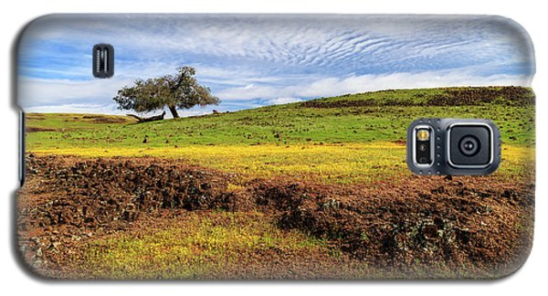 Galaxy S5 Case featuring the photograph Spring On North Table Mountain by James Eddy
