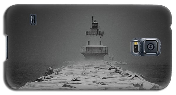 Spring Point Ledge Lighthouse Blizzard In Black N White Galaxy S5 Case