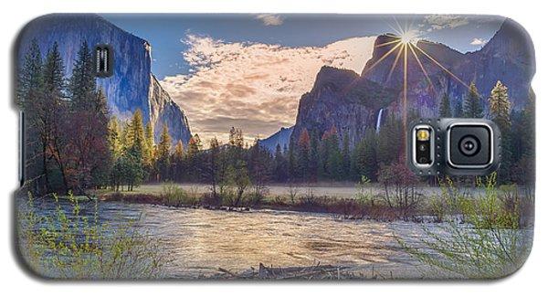 Spring Sunrise At Yosemite Valley Galaxy S5 Case