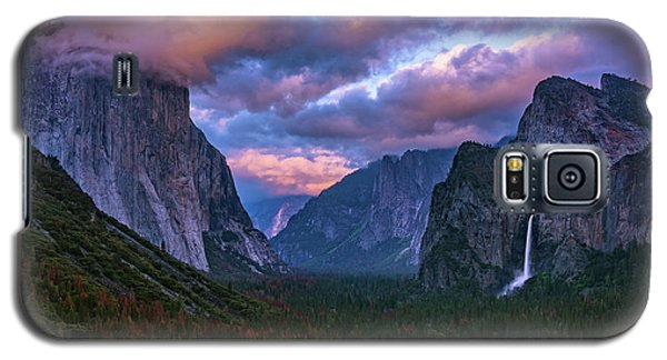Spring Sunset At Yosemite's Tunnel View Galaxy S5 Case
