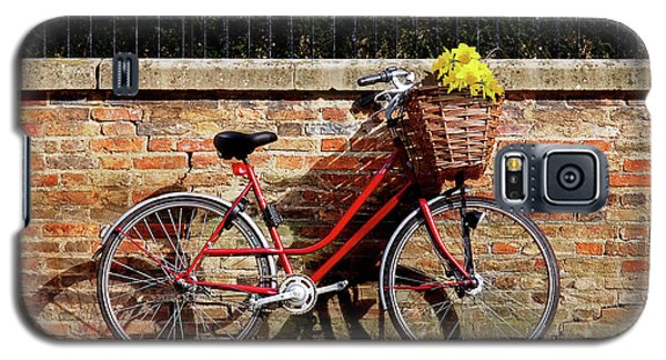 Galaxy S5 Case featuring the photograph Spring Sunshine And Shadows - Bicycle In Cambridge by Gill Billington