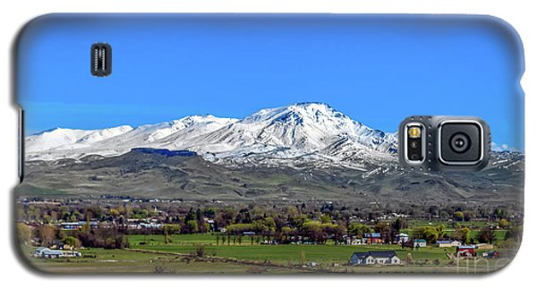 Galaxy S5 Case featuring the photograph Spring View Of Squaw Butte by Robert Bales