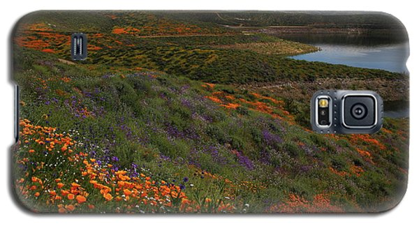 Galaxy S5 Case featuring the photograph Spring Wildflowers At Diamond Lake In California by Jetson Nguyen