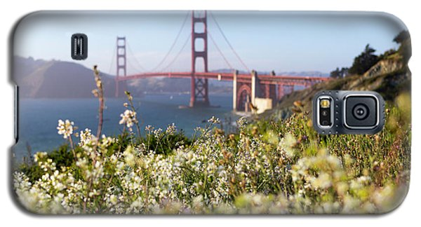Galaxy S5 Case featuring the photograph Springtime On The Bay by Everet Regal