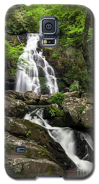Galaxy S5 Case featuring the photograph Spruce Flats Falls - D009919 by Daniel Dempster