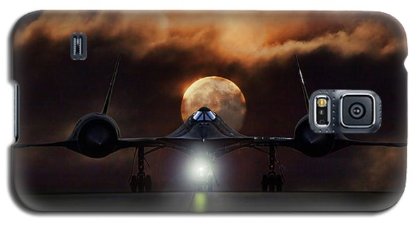 Galaxy S5 Case featuring the digital art Sr-71 Supermoon by Peter Chilelli