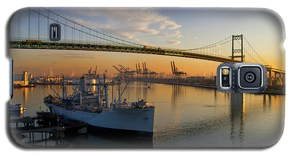 Galaxy S5 Case featuring the photograph Ss Lane Victory by Arthur Dodd