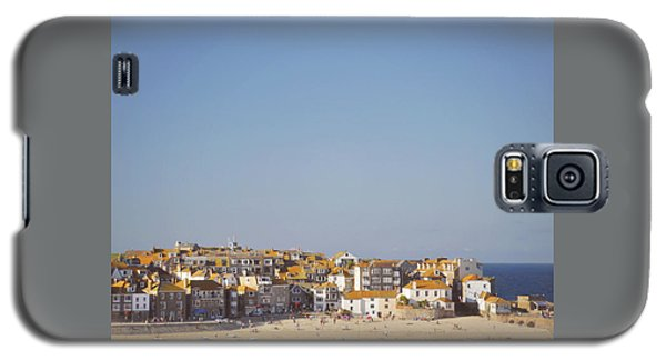 Galaxy S5 Case featuring the photograph St Ives Harbour by Lyn Randle